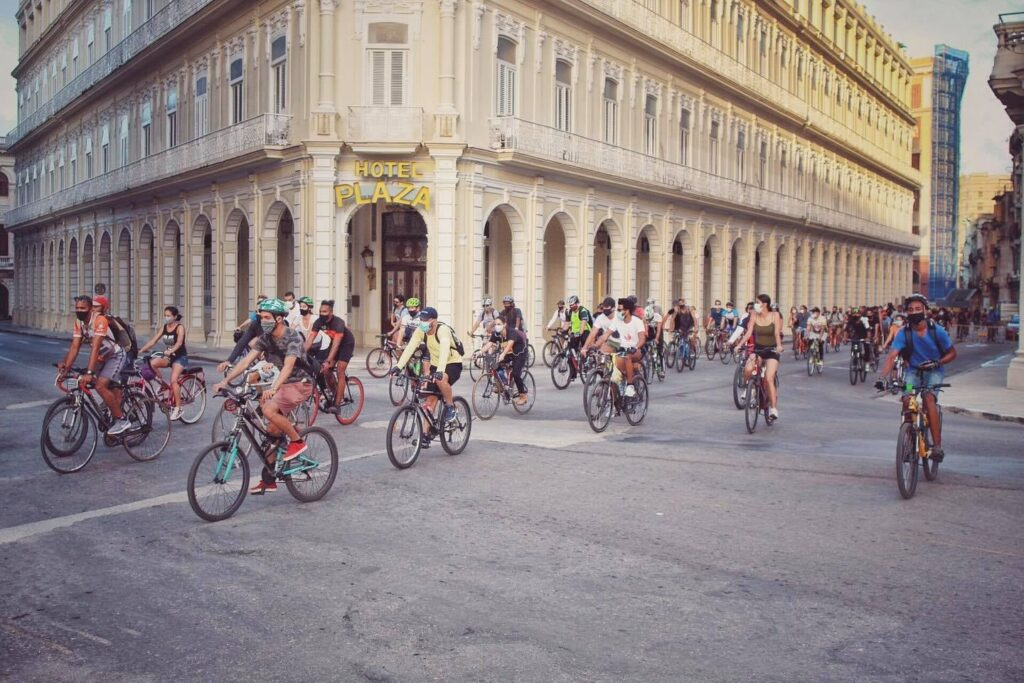 The transportation crisis brought about by the pandemic has opened the door to new, healthier and more environmentally-friendly initiatives in Havana, Cuba