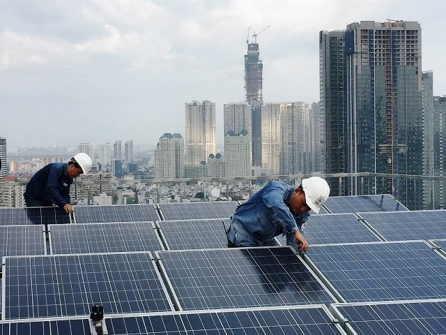 Vietnam 'not ready' for looming solar waste issue amid recent boom