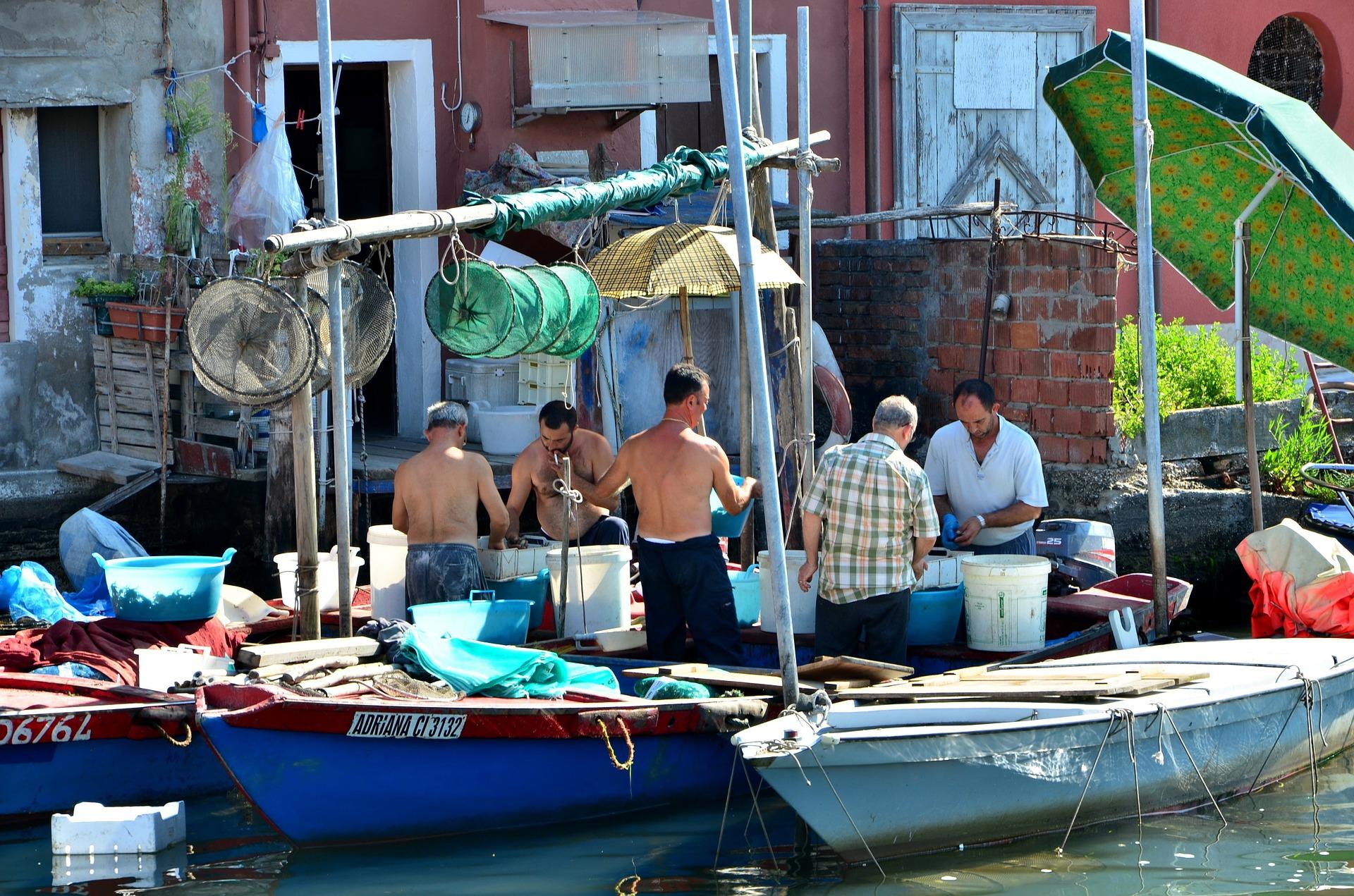 italy fishing sea